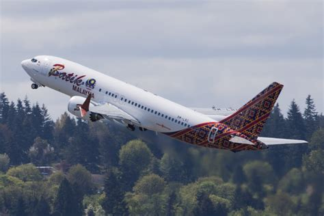 batik air flight number first boeing 737 max to enter service with malindo air on