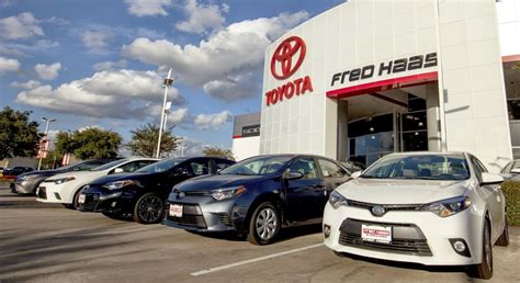 Car Dealer Open Sunday   Serves Houston   Fred Haas Toyota