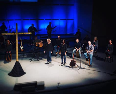 randy travis rugged cross the rugged cross travisagnew org