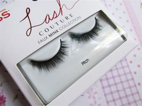 Do Couture Lashes Interest You by 25 Best Ideas About Eyelashes Tutorial On