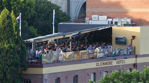 roof top bars in sydney glenmore hotel rooftop bar in sydney therooftopguide com
