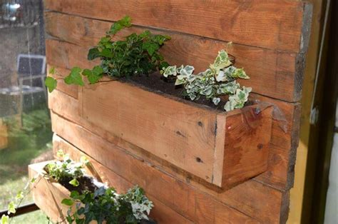 Skid Planter by Pallet Vertical Planter 99 Pallets