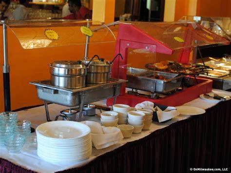 buffets milwaukee onmilwaukee dining milwaukee s best lunch buffet 2012