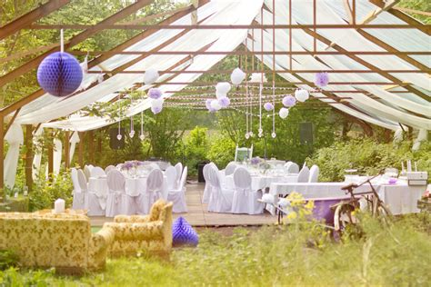 planning an outdoor wedding at home the best ways to utilize an outdoor wedding venue