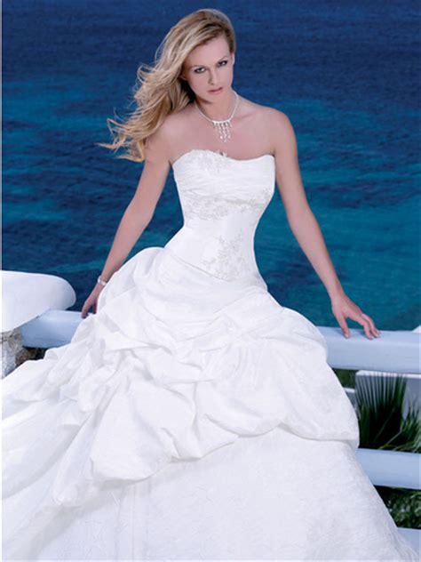 Big Wedding Dresses by Big White Wedding Dress Designs Wedding Dress