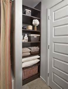 Bathroom Closet Organization Ideas 1000 Ideas About Small Linen Closets On Pinterest Linen Closets Closet And Linens