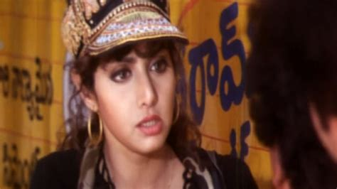 sridevi govinda govinda govinda movie sridevi introduction scene