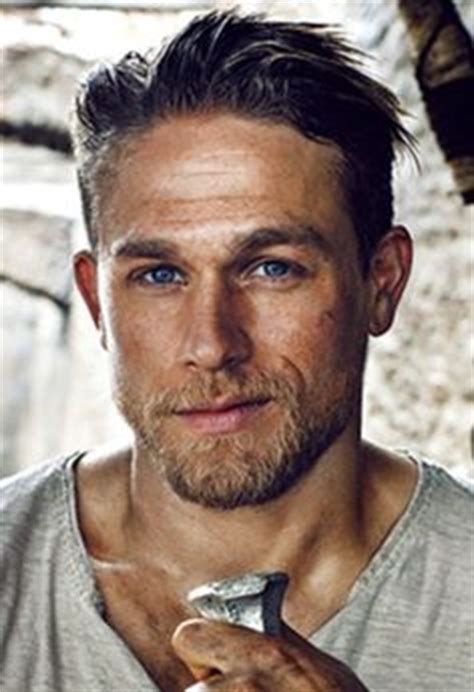 how to get thecharlie hunnam haircut 1000 images about charlie hunnam stuff on pinterest