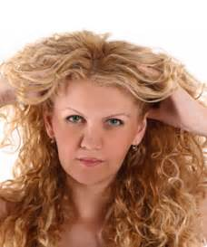 14 Tips For Curling Hair by Tips For 14 Curly Hair Problems