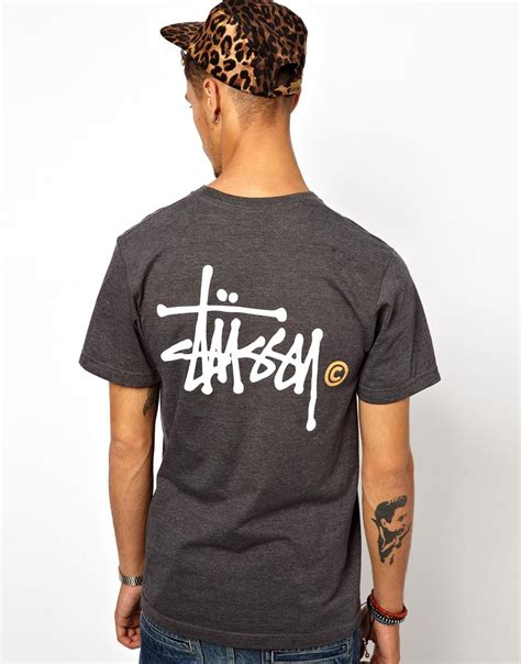 T Shirt Stussy 7 lyst stussy tshirt basic logo back print in gray for