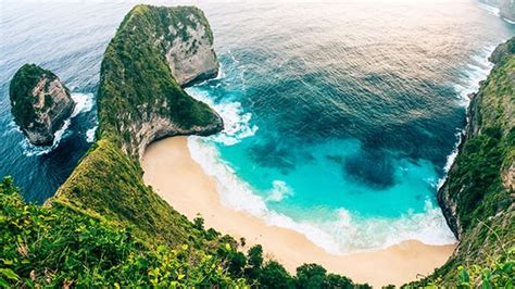 bali holidays tourist tax set   introduced  island