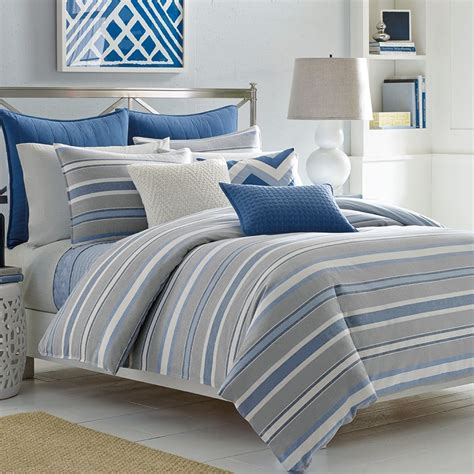 what are comforters what is the difference between comforter and duvet 15258