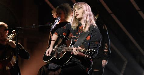 taylor swift concert uk 2017 taylor swift details 2018 north american tour rolling stone