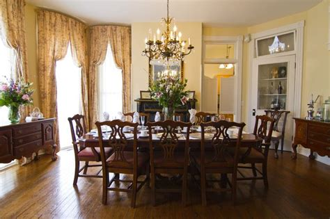 victorian dining rooms best 25 victorian dining rooms ideas on pinterest