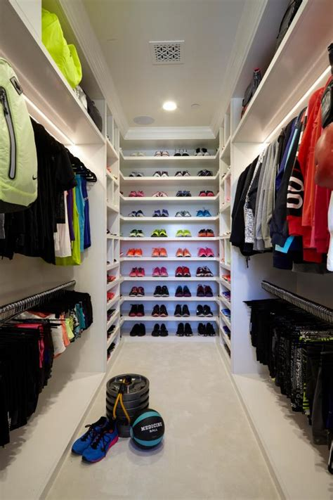 Define Closet by Walk In Closets That Are The Definition Of Organization