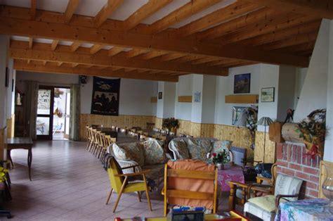 cheminee exterieur 1407 aux cagnes gite de groupe pas de calais 28 couchages