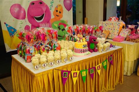 Decorate Table For Birthday by Ideas To Decorate Your Baby Birthday Table Room Decorating Ideas Home Decorating Ideas