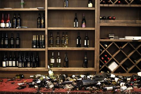 earthquake bar earthquake in napa leaves widespread damage dozens injured