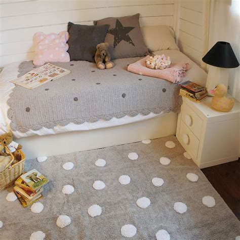 alfombras habitaciones infantiles alfombras infantiles lorena canals decoracion infantil