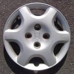 1 1998 00 oem honda civic 14 quot wheel cover hub cap