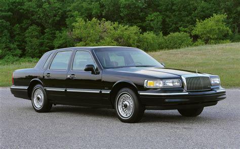 lincoln mercury town car black lincoln town car 2014 image 7