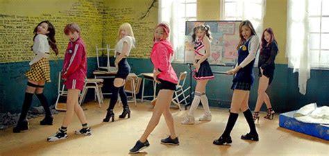 tutorial dance twice ooh ahh kpop dances i love to dance to k pop amino