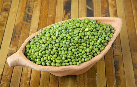 membuat bubur kacang hijau untuk ibu hamil 6 manfaat kacang hijau untuk ibu hamil ibu hamil