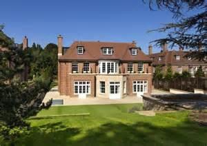 9 bedroom detached house for sale in winnington road