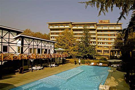 best hotels in srinagar hotel broadway srinagar hotel broadway srinagar