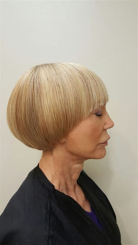 long geometric rounded graduation haircut bowl cuts 17 best images about halo bob on pinterest bobs short