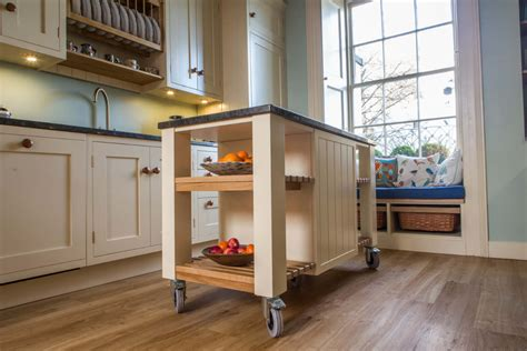 mobile kitchen island uk sauder original cottage mobile kitchen island in cobblestone co uk