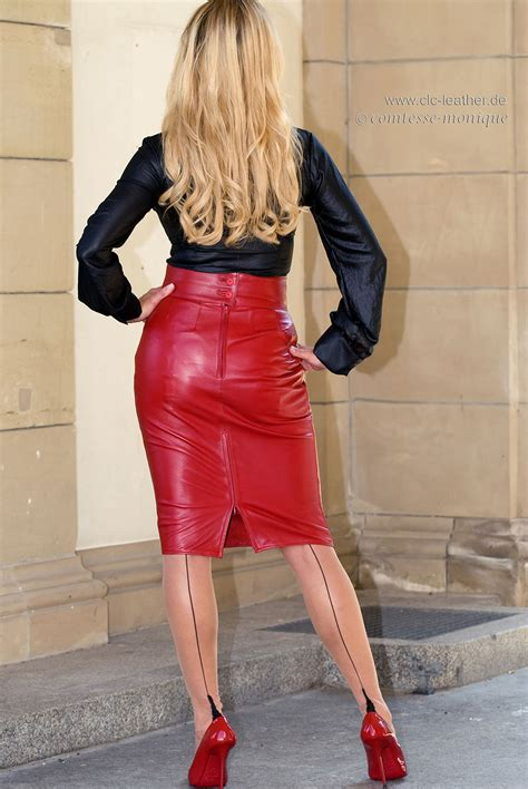 comtesse tight leather pencil skirt and seamed