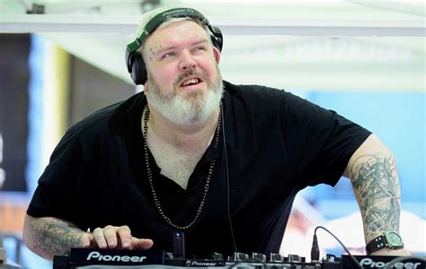 kristian nairn tattoo of thrones hodor is living his best as a dj nme