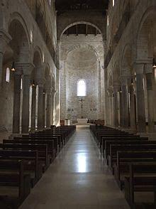 cattedrale di trani interno cattedrale di trani