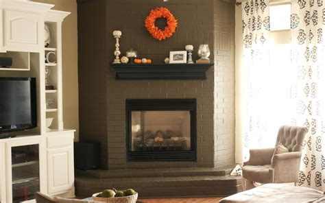 fireplace decor tips to make fireplace mantel d 233 cor for a wedding day