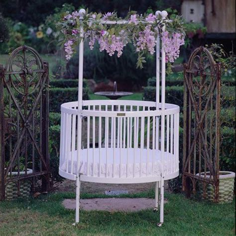 Baby Circle Cribs Best 25 Cribs Ideas On Circular Crib Cribs Toddler Beds And Baby Room