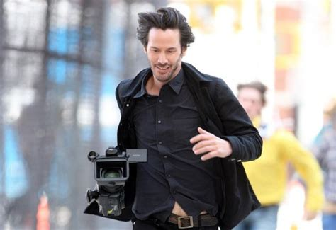 Keanu Reeves Runs The Paparazzi by Articles For 17 07 2017 187 Acidcow The One And Only