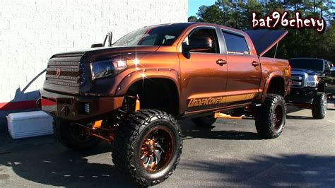custom lifted toyota trucks www pixshark com images