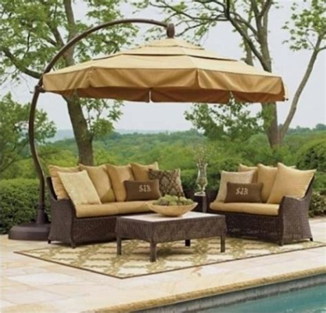 arredi da giardino usati ombrelloni a braccio da giardino ombrelloni da giardino