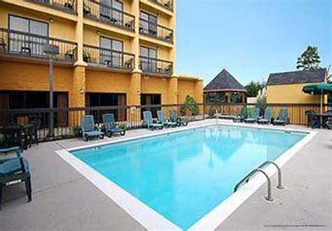 149 comfort suites memorial day pigeon forge vacation pigeon forge vacations comfort suites vacation deals