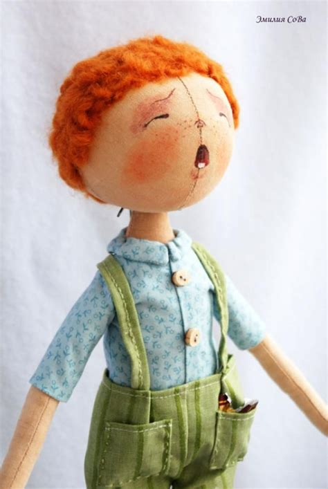 Handmade Doll Tutorial - secrets of sewing dolls tutorial with construction