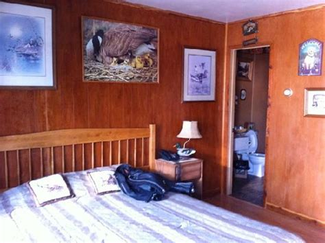 the duck room door exterior picture of blue and white motel kalispell tripadvisor