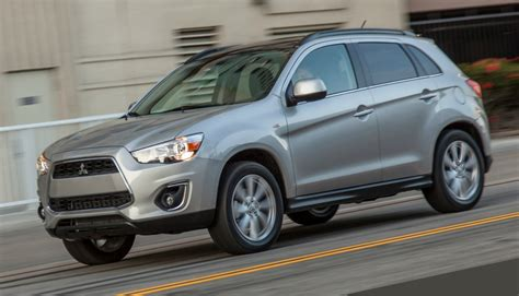 2013 mitsubishi outlander sport review ratings specs