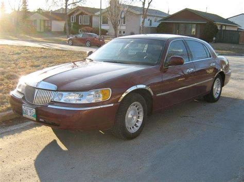 how can i learn about cars 1998 lincoln mark viii transmission control qwerty99 1998 lincoln town carexecutive sedan 4d specs photos modification info at cardomain