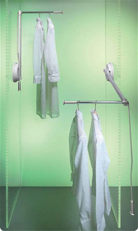 bastone appendiabiti per armadio quali elementi scegliere per organizzare l armadio