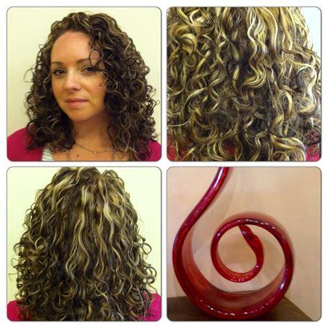 deva curl highlights pintura highlights by robin sjoblom hair deva devacurl