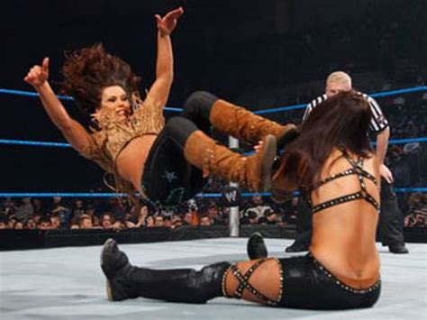 smackdown mickie james vs michelle mccool amp layla youtube