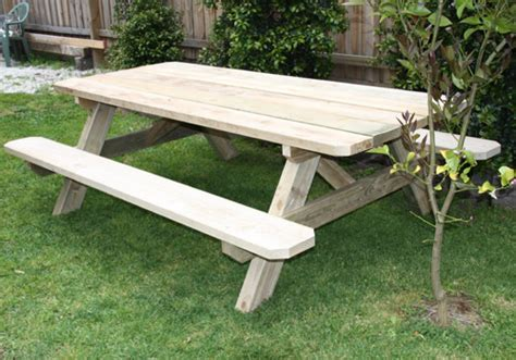 solid outdoor timber picnic tables  melbourne  victoria