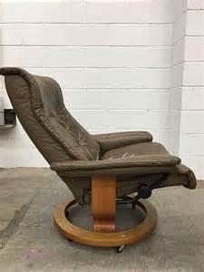 superior vintage 1970s ekornes stressless leather