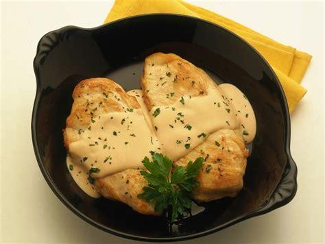 cucinare i petti di pollo ricetta petti di pollo saporiti donna moderna